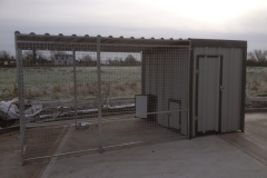 Walk In custom Kennel and dog pen